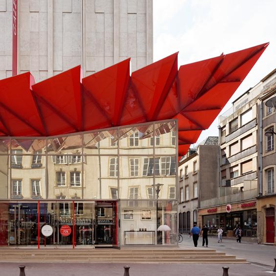 Manuelle Gautrand Architecture : Rénovation des Galeries Lafayette Metz