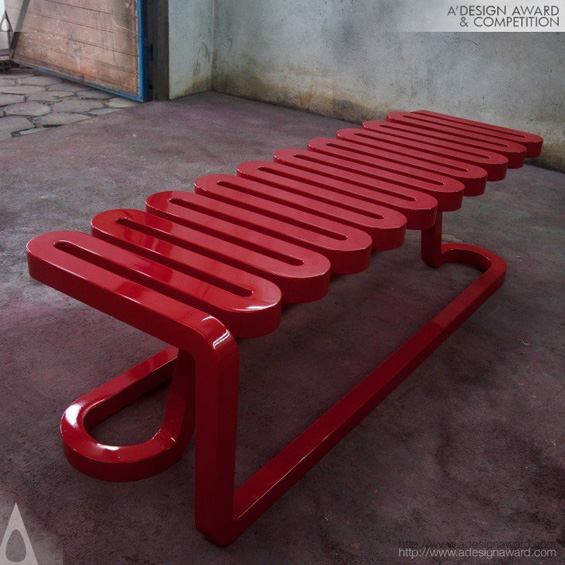 3821-04-Serpentina-Bench-Mula-Preta-Design