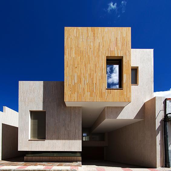 OOIIO Aquitectura : Casa R+