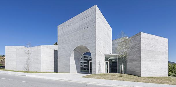 7492 Design Muuuz Archidesignclub Magazin Architektur Innendekoration Home Art Design Ordner Museen Architektur 02